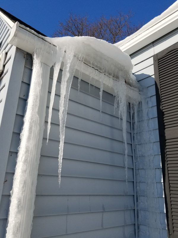 Damage to Roofs Caused by Winter Weather