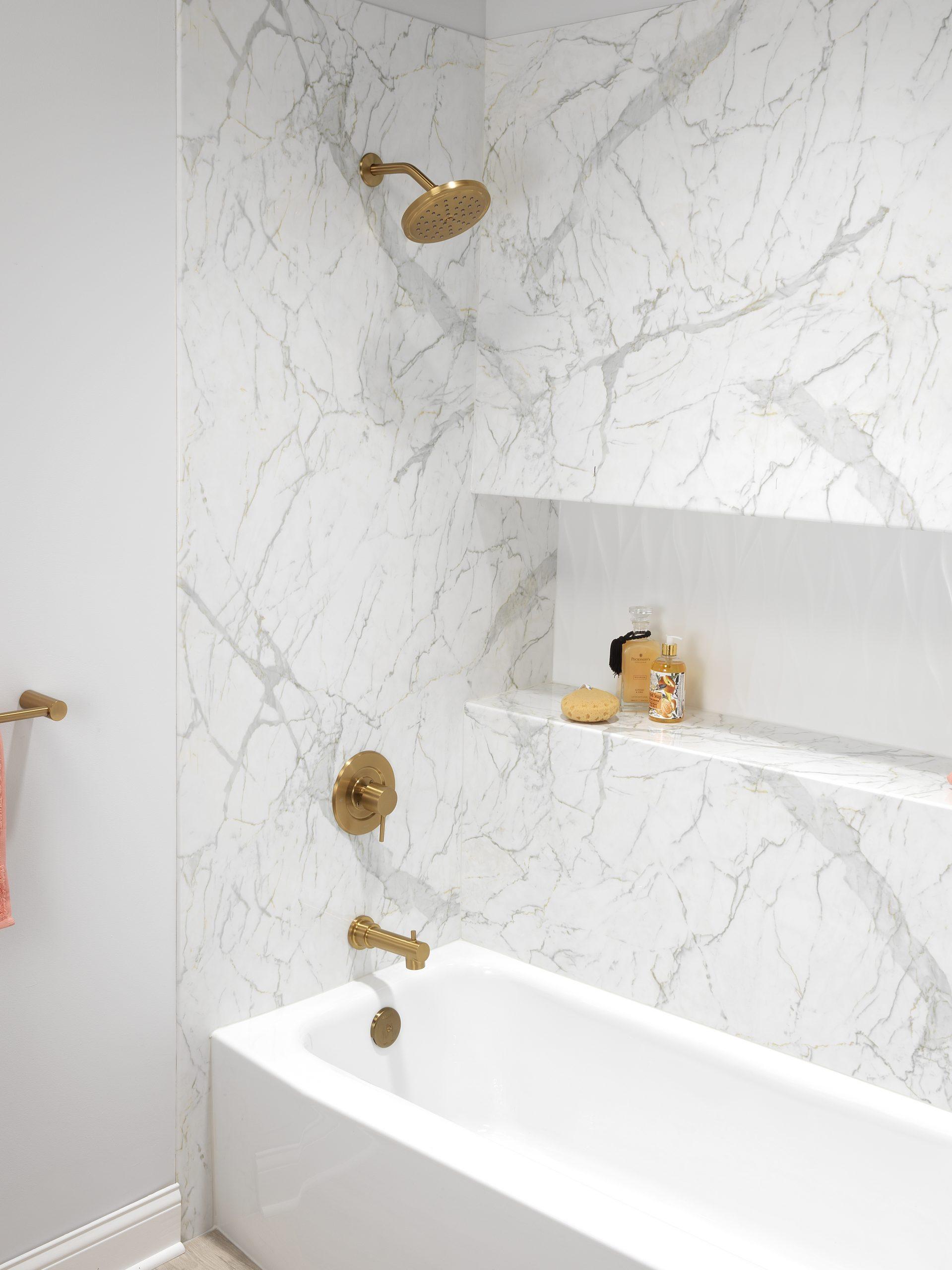Why Choose an Acrylic Bath?